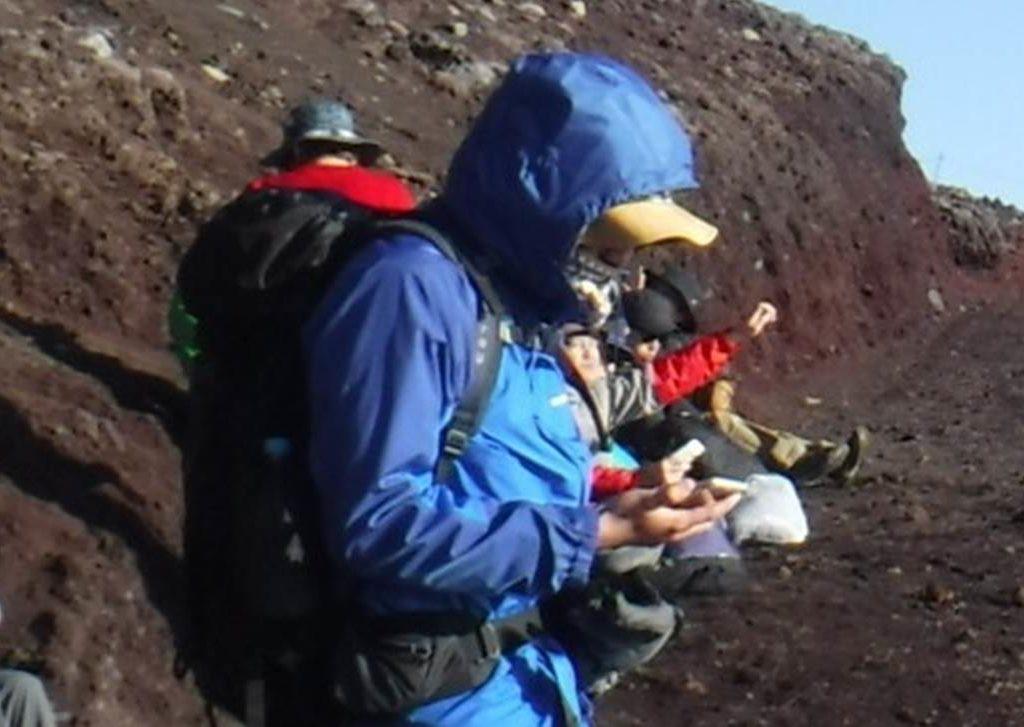 【ノウハウ】【ギア】登山における三種の神器の1つレインウェアの選び方!