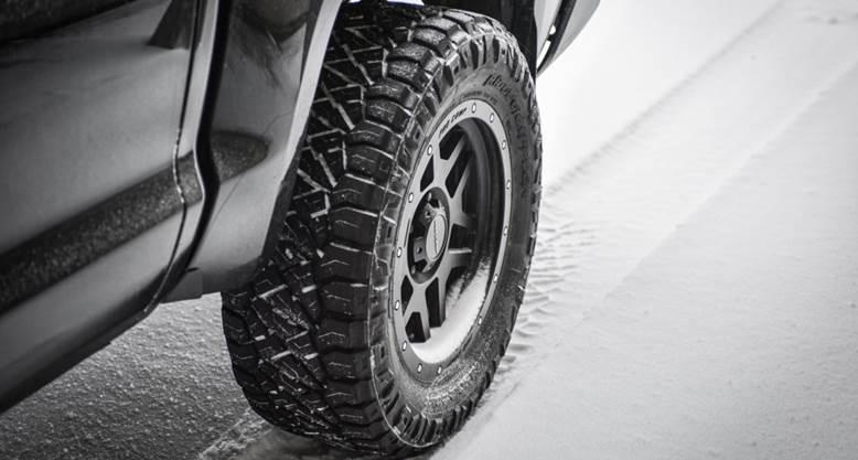 【知識】冬場の運転のリスクって何?4WDでもそれだけじゃダメ?